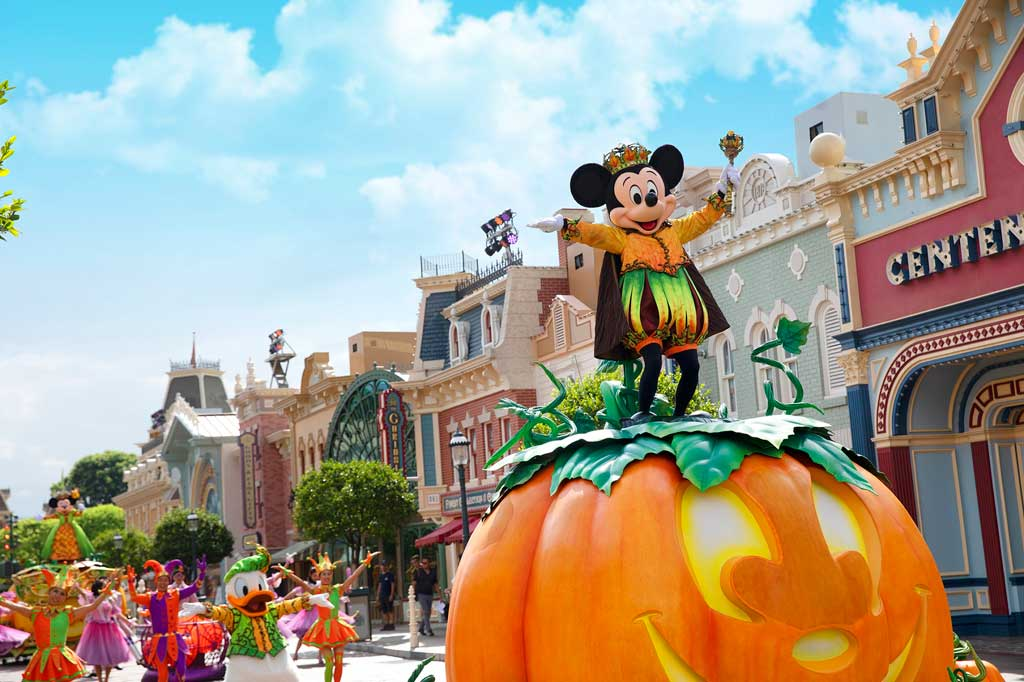 "Hong Kong Disneyland - Halloween - Little guests can sing and dance alongside Mickey Mouse and his beloved friends at the ""Mickey's Halloween Time Street Party!"""