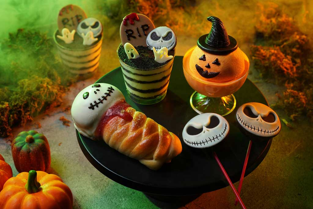 Hong Kong Disneyland - Halloween - More than 40 mouth-watering Halloween-themed treats await guests this year at Disney Halloween Time.