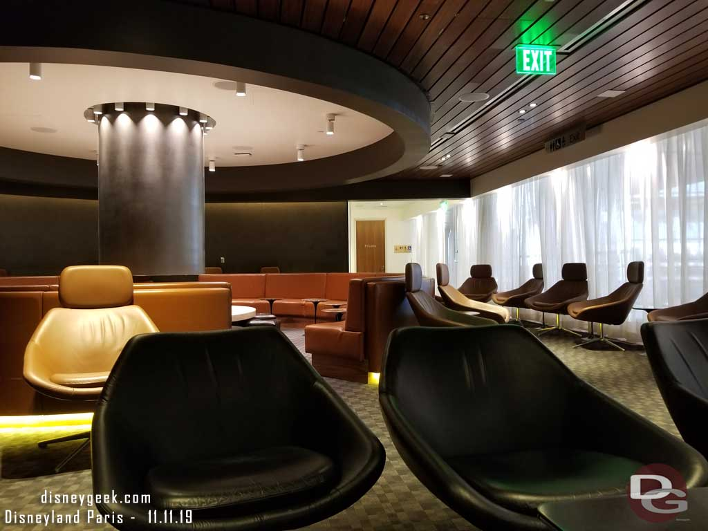 Air France Business Class lounge is the Qantas Lounge in the Bradley terminal at LAX.