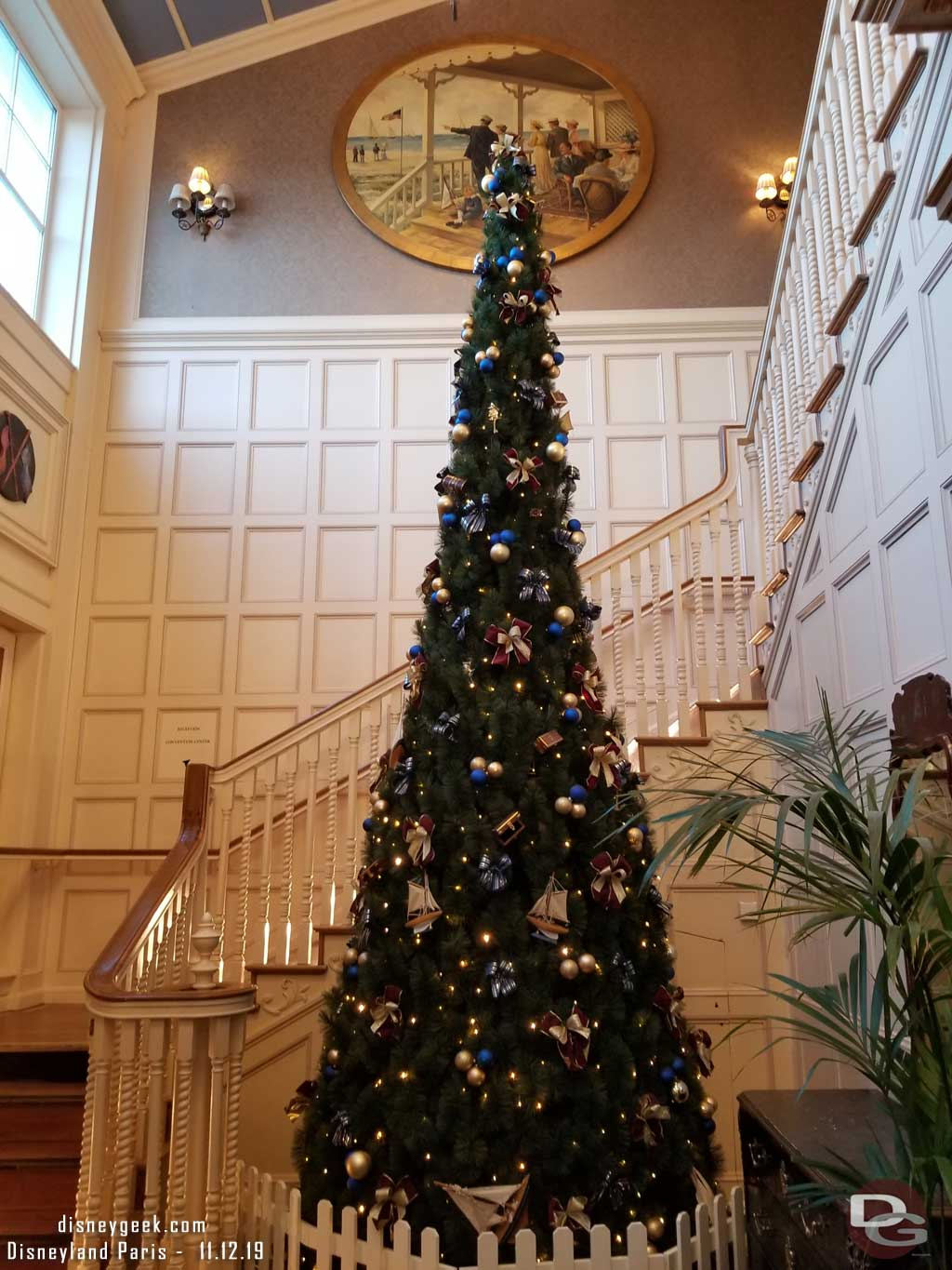 Christmas tree near the ground level entrance/exit to the Newport Bay Club