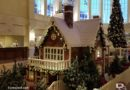 Disneyland Paris Pictures: Disneyland Hotel Christmas Decorations