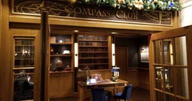 Disneyland Paris Compass Club Room Experience @ Disney's Newport Bay Club