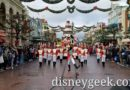 Disneyland Paris Pictures & Video: Disney's Christmas Parade! (12:00)