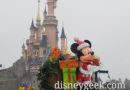 Disneyland Paris Pictures & Video: A Snowy Main Street USA