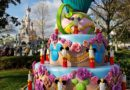 Disneyland Paris Pictures: Mickey Mouse Birthday Cupcake Photo Ops