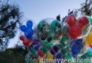 Mickey & Minnie on the Holiday Balloons