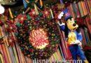 Goofy in Paradise Gardens for Viva Navidad