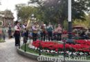Dickens Yuletide Band performing in Town Square (Picture & Video)