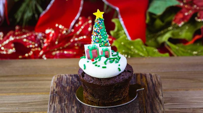 The Holiday Brownie is part of the limited-time holiday treats at The Disneyland Resort. Available November 8 - January 6, the Holiday Brownie is topped with a blanket of white chocolate mousse and sprinkles, and finished with chocolate presents and a Christmas tree. This treat can be be purchased at Jolly Holiday Bakery in Disneyland Park. (Disneyland Resort)