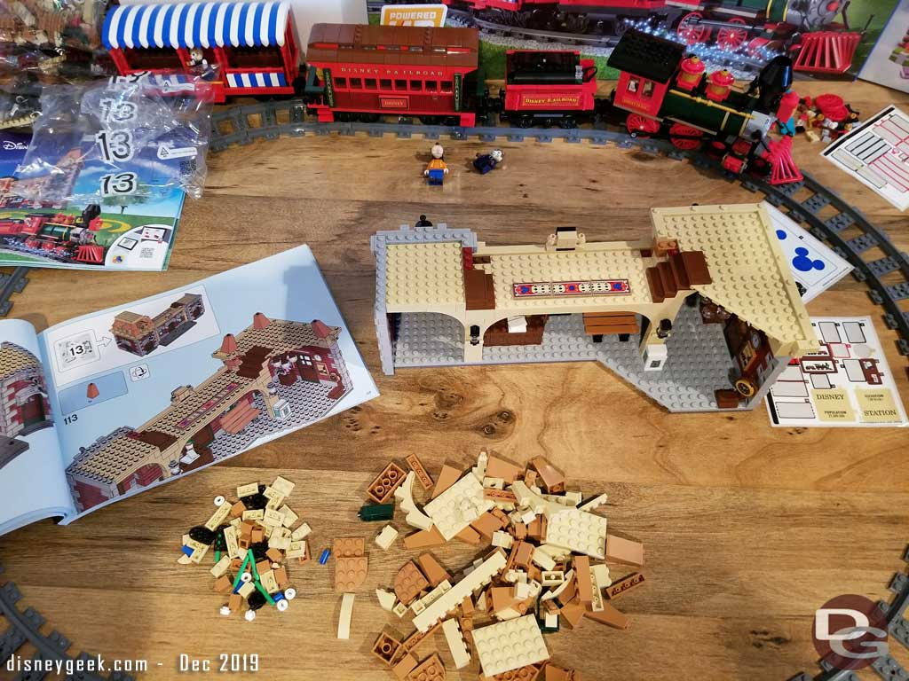 LEGO Disney Train and Station - Station