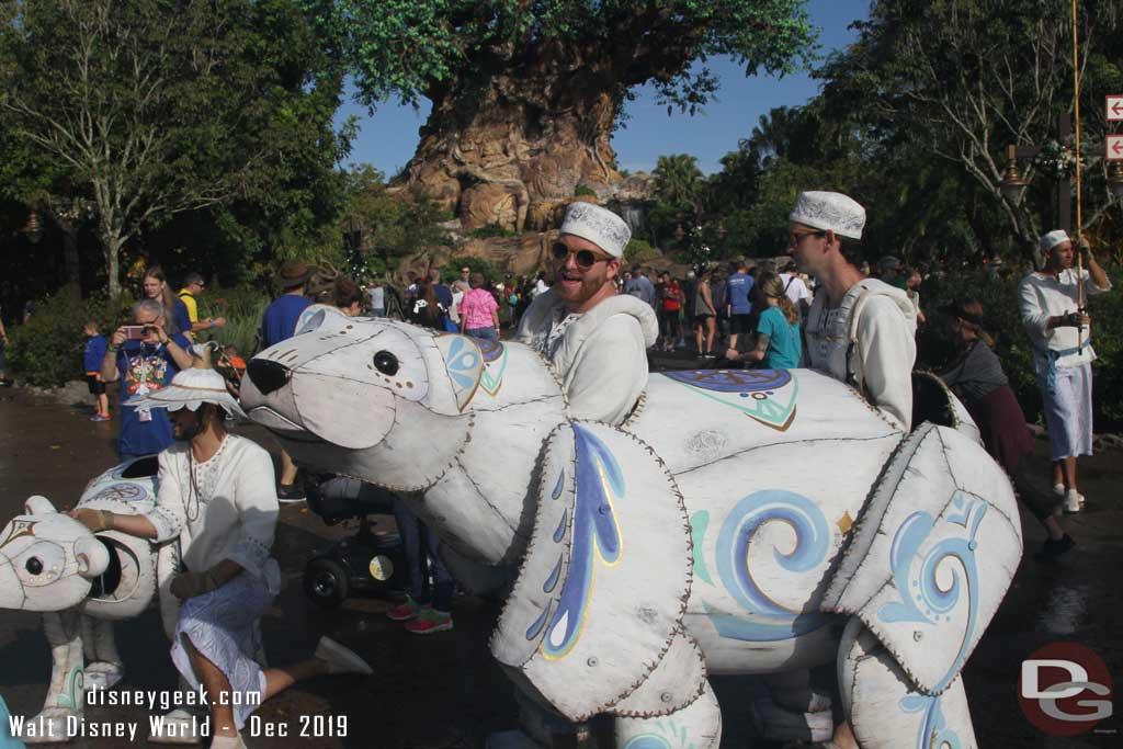 Merry Menagerie @ Disney's Animal Kingdom - Large Polar Bear