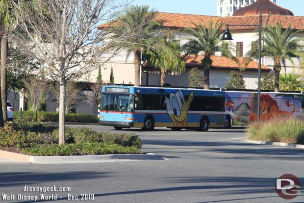 Donald Duck Bus