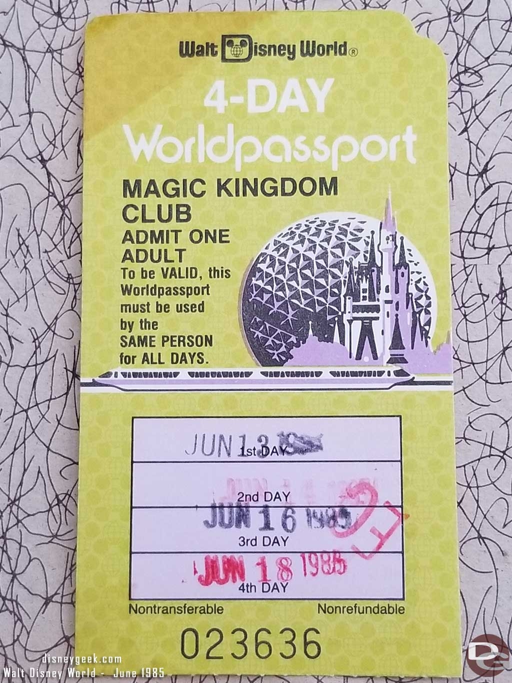 1985 - Walt Disney World - Magic Kingdom Club Ticket
