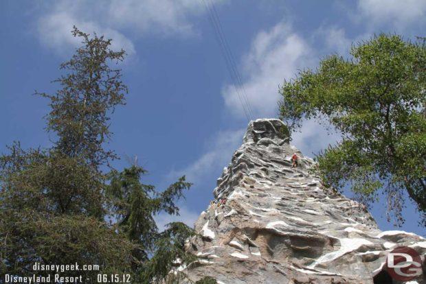 Disneyland Matterhorn - Climbers