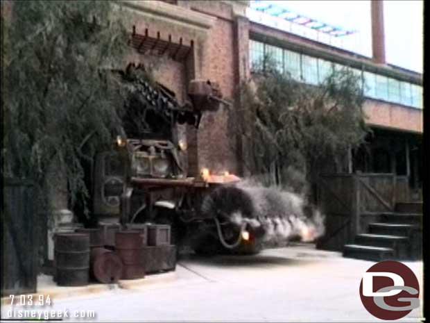 Disney-MGM Studios - Studio Backlot Tour 1994 - The Dip Mobile from Who Framed Roger Rabbit