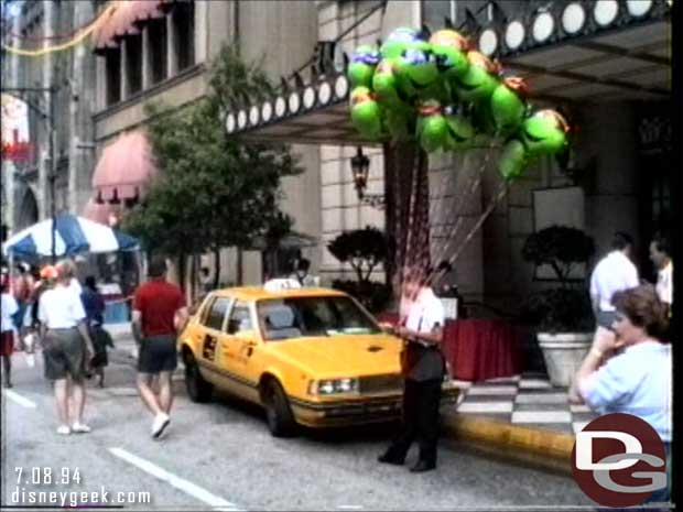 1994 Disney-MGM Studios - New York Street Party