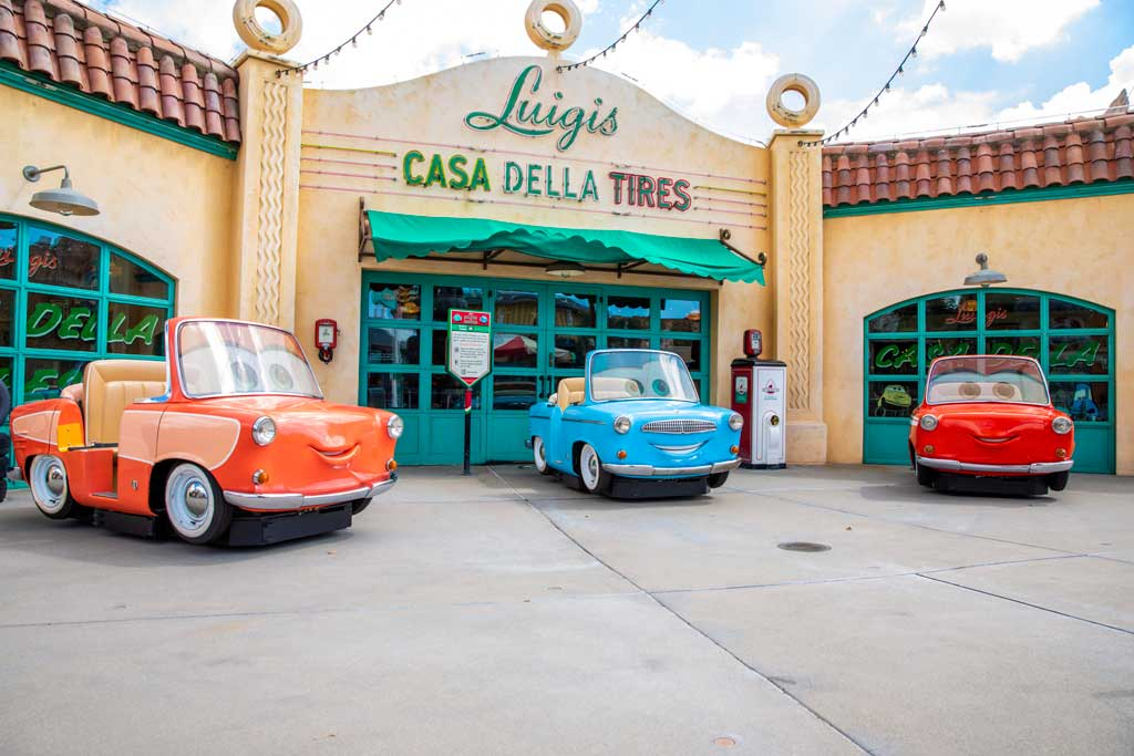 A Touch of Disney - – Photo Op in Cars Land