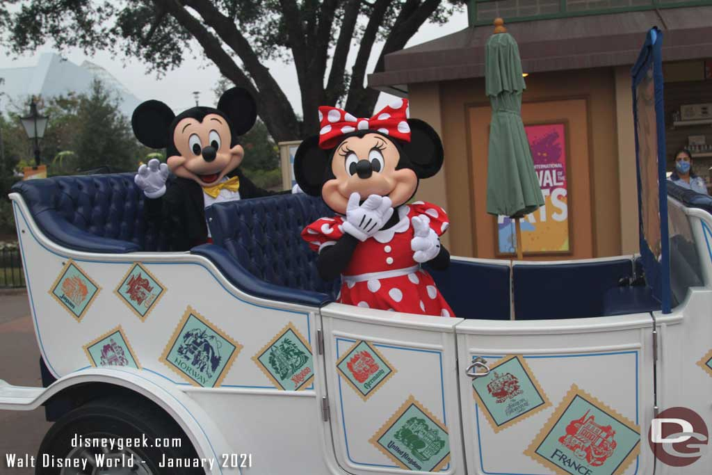 EPCOT - Mickey and Minnie Mouse