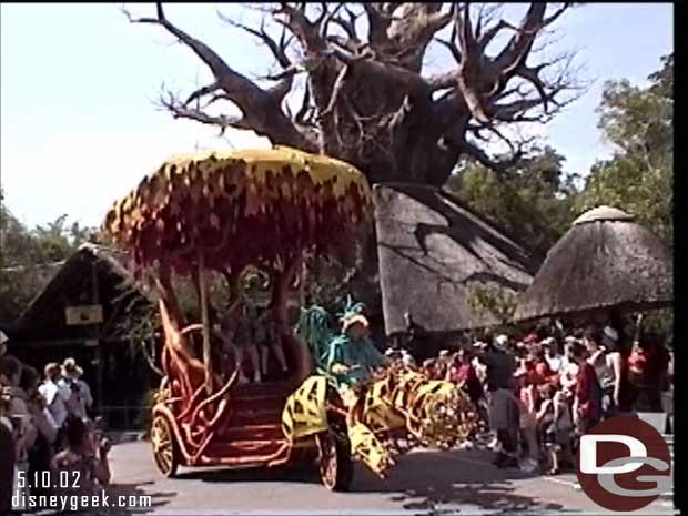 Mickey's Jammin' Jungle Parade @ Disney's Animal Kingdom (May 2002)