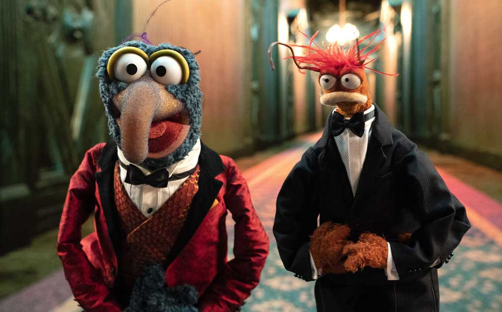 The Muppet Haunted Mansion - GONZO, PEPE THE KING PRAWN