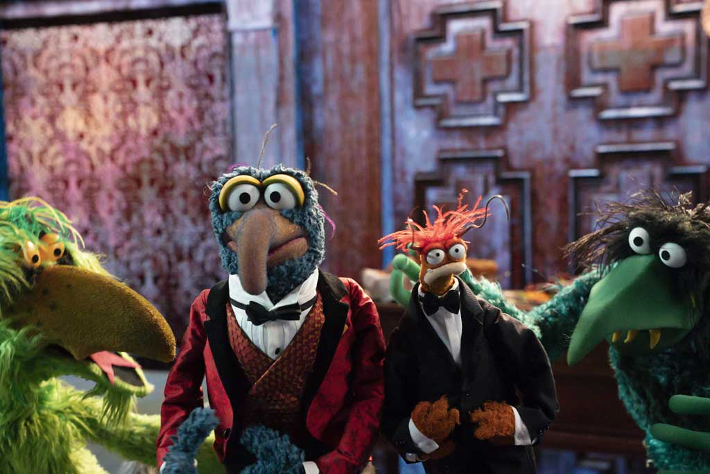 The Muppet Haunted Mansion - GONZO, PEPE THE KING PRAWN, FRACKLES