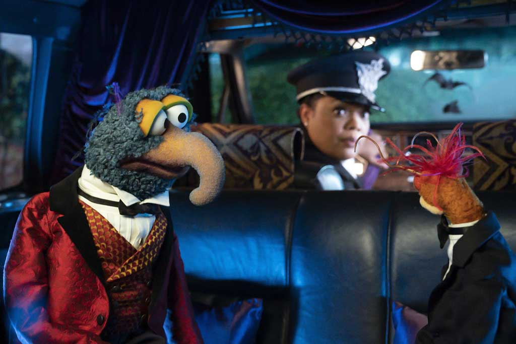 The Muppet Haunted Mansion - GONZO, YVETTE NICOLE BROWN, PEPE THE KING PRAWN