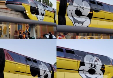 Monorail Red Arriving at Downtown Disney